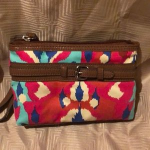 Brand new style and company Baltic wristlet